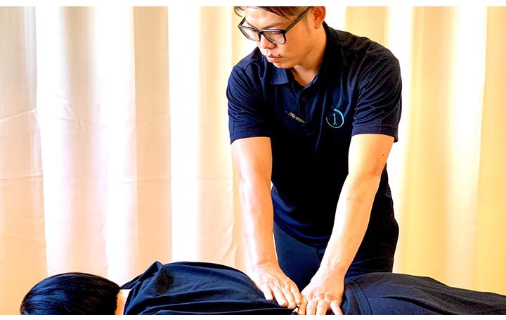 慢性腰痛治療シーン